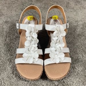 BOC Wedge White Buckle Ankle Strap Floral Sandal